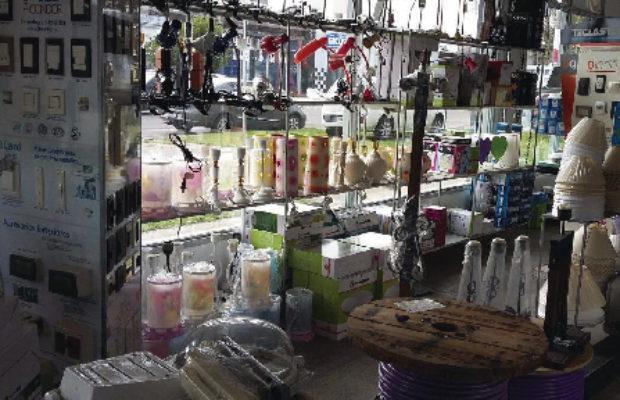 nosotros-4luces-electricidad-e-iluminacion-los-hornos-la-plata-brandsen-locales–13